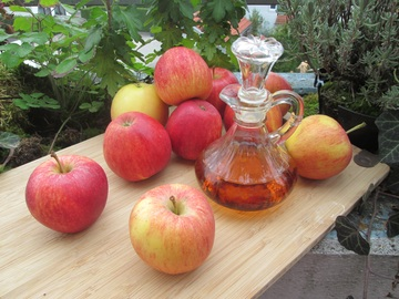 griffes chat- remedes - solution-vinaigre de cidre apple-plant-fruit-food-produce-still-life-845972-